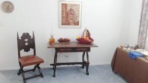 Writing Desk Fruit and Batik